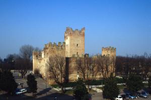 reggiolo castello
